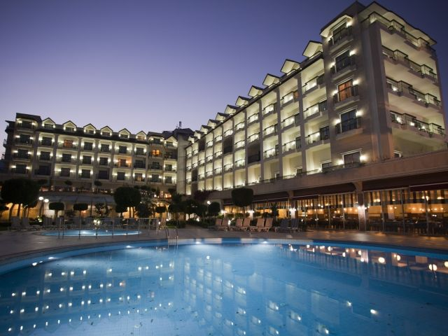 séjour Antalya pas cher à lHôtel Palmet Resort 5* prix promo Lastminute de 549,00 € TTC au lieu de 999.00 € 8J/7N en Tout Compris