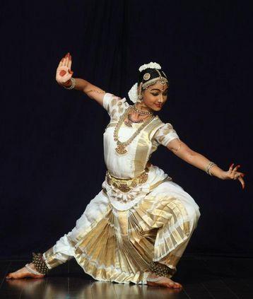Hareeni Jeevitha Bharatnatyam dancer