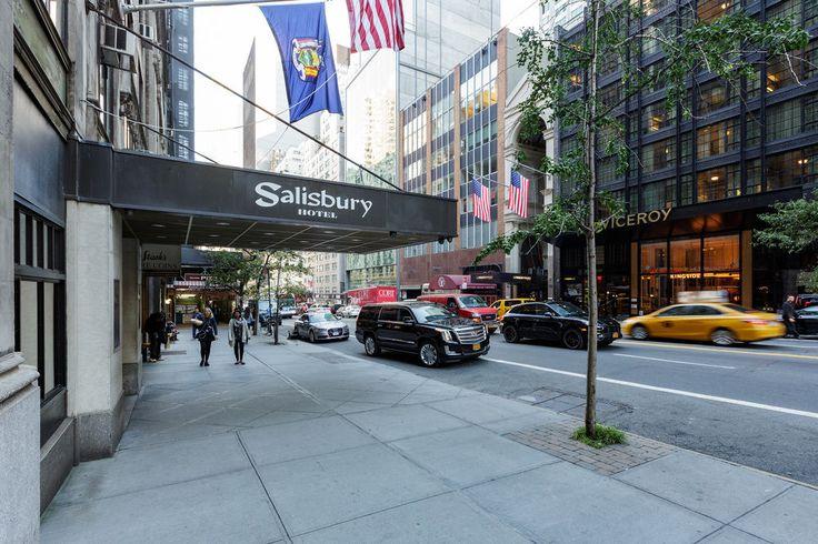 """Salisbury Hotel fick betyget """"Bra"""" av våra gäster. Titta igenom vårt fotobibliotek, läs recensioner från verifierade gäster och boka nu med vår prisgaranti. Vi meddelar dig till och med om hemliga erbjudanden och utförsäljningar när du registrerar dig för vårt nyhetsbrev."""