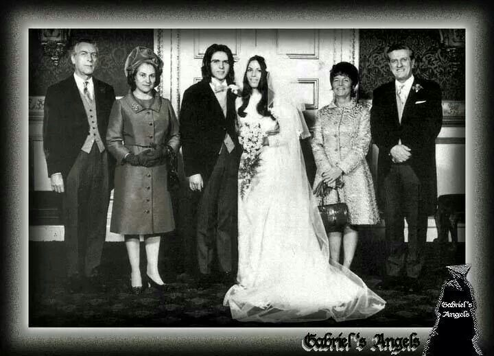 Peter Gabriel and Jill Moore's wedding day, 1971 | Cool ...