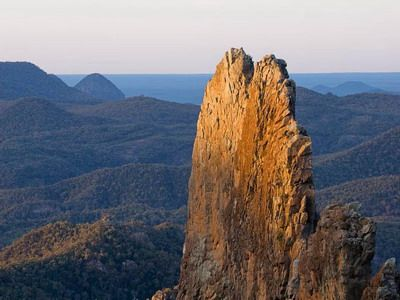 The Breadknife Walk - There are many interesting features found in Warrumbungle National Park with Breadknife as the highlight, the place is definitely beyond compare. The park lies near Coonabarabran where volcanic spires, domes and mesas are very common. The Breadknife was formed of dykes along cracks in a volcanic cone.