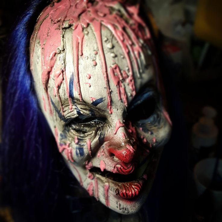 Sam (female clown)