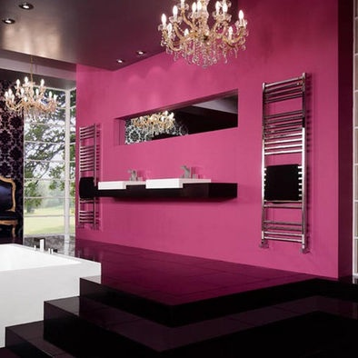 Bathroom hot pink damask wallpaper design pictures for Hot pink bathroom ideas