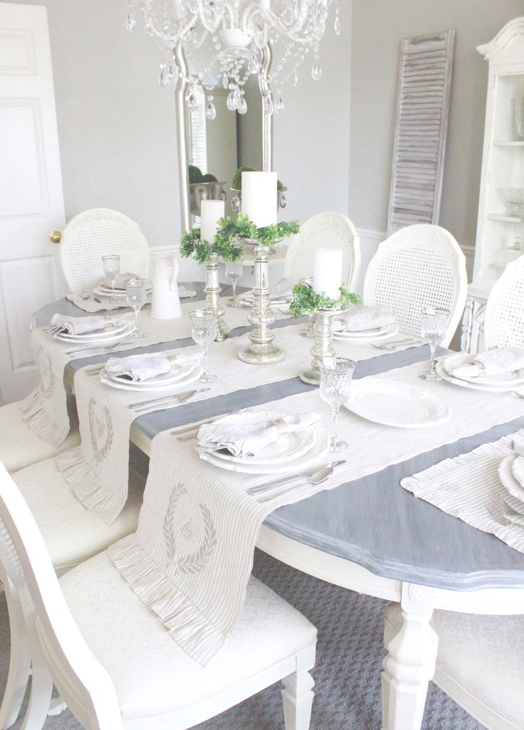 These luxurious french ruffle table linens are so gorgeous that even Real Housewife of Beverly Hills, Lisa Vanderpump, bought them!