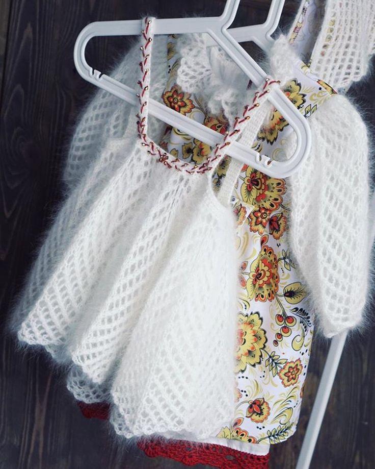 Платье разделила на 2 составляющие: основа (габардин+хлопковый подклад)  и сарафан на бретелях,  которые никогда не спадут. . . . . . . #handmadebyme #рукоделие #хендмейд #ручнаяработа #knitting #knittingaddict #knittinglove #knitting_inspiration #вязание #вязаниеназаказ #вязаниекрючком  #вяжутнетолькобабушки #вяжутнетолькобабушкиноимамочки #свитер#платьеручнойработы #вязаниеспицами#вязаниеназаказ #люблювязать#i_loveknitting #детскоеплатье#хохлома#hohloma #ручнаяработаназаказ