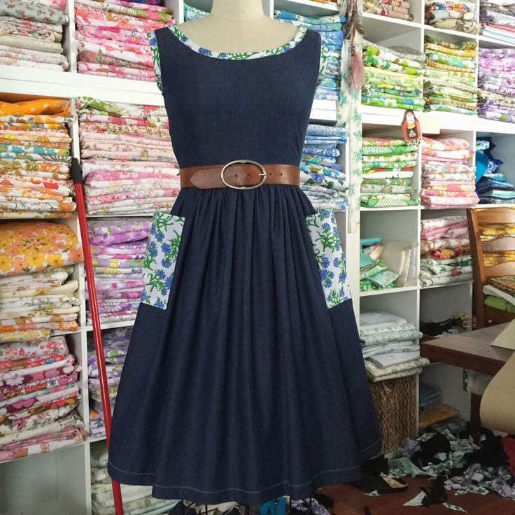 Made with beautiful new lightweight Texan deep blue denim with contrasting vintage pockets and trim. Handmade with love and ready-to-ship (minus the belt...sorry...it's my favourite)The Summer Folk dress...equally perfect with bare feet on the beach, boots in a grassy field or with heels at high tea with the girls.A dress to have you smiling and feeling beautiful inside and out!The Summer Folk features an elegant fitted bodice with scooped neckline, a gently gathered kne...