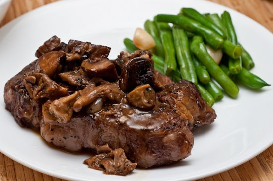 Bison with Mushrooms and Onions