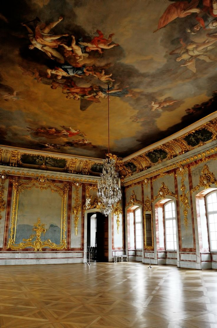 Rundale palace 3 by shadowfriend