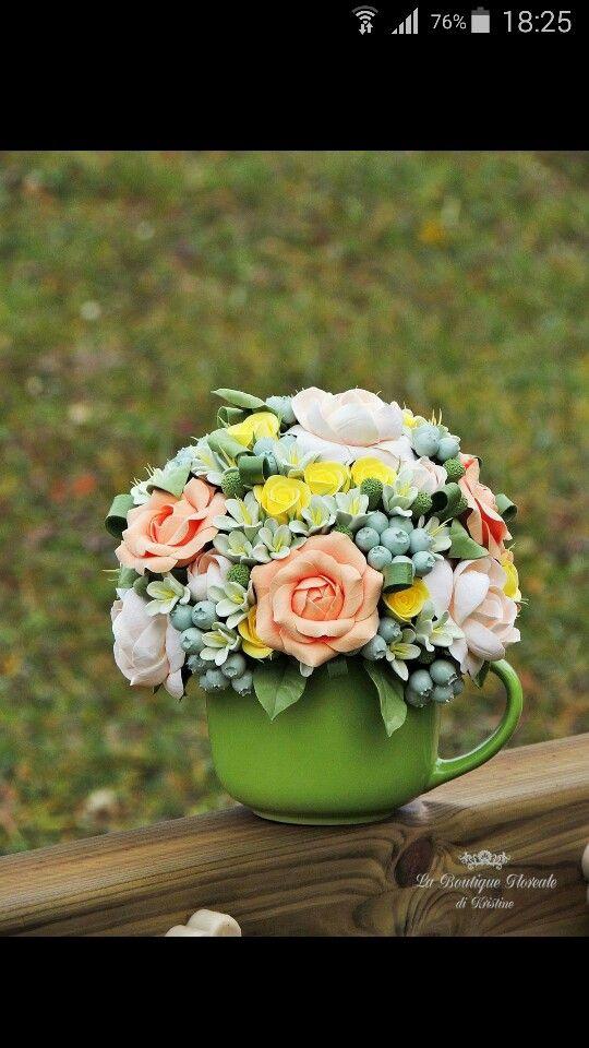 Tazza fiorita, i fiori sono #fattoamano di pasta polimerica Deco. #decoclay #decoclayitaly #handmade #regalihandmade #regalioriginali #regali #vasoconfiori #madeinitaly