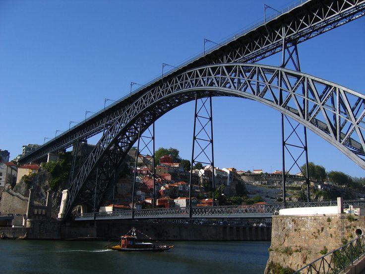 Jak się nie zgubić w atrakcjach i zabytkach Porto, a przy okazji nie wydać na ich zwiedzanie ani grosza, czyli darmowe atrakcje Porto w Portugalii.