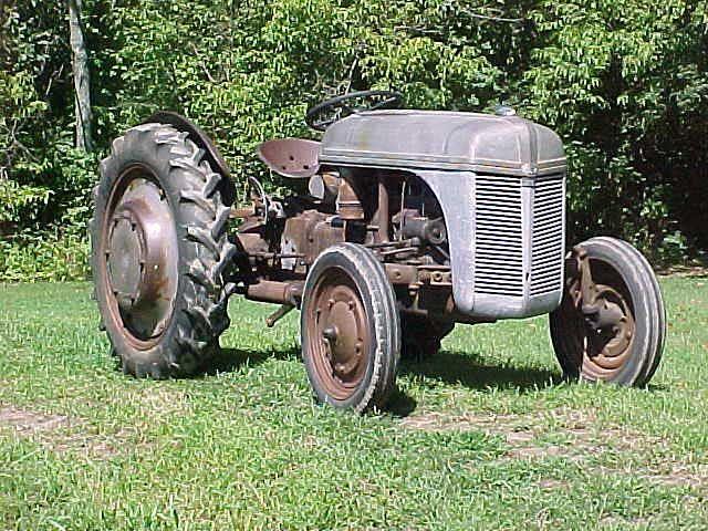 E Cca B D D De Cca Antique Tractors Vintage Tractors