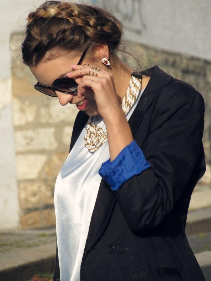 Modrý satén outfit