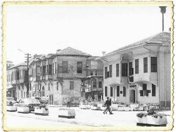 Adana Atatürk müzesi'nin eski resmi...