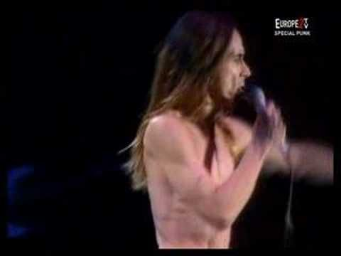 ▶ IGGY POP - LOUIE LOUIE - Live  What a great version of this classic song, IGGY puts his own stamp on it. Great!!!!!!