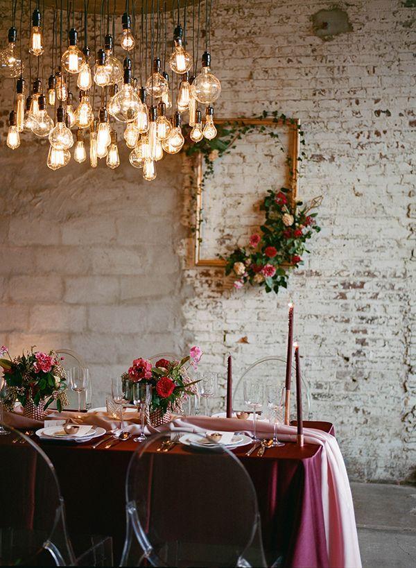 wedding ideas - photo by Jenna Henderson http://ruffledblog.com/cupids-arrow-wedding-inspiration