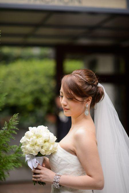 新郎新婦様からのメール 代官山PACHON様への装花  絵本と収穫祭