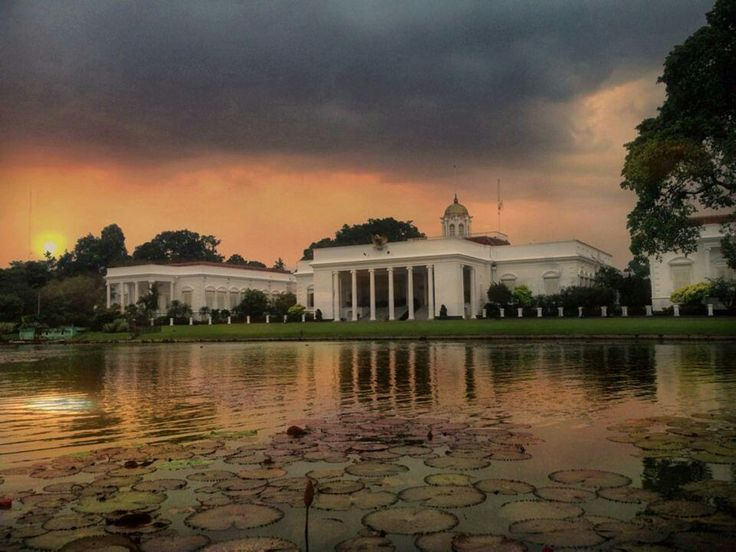 Beautiful Bogor Palace in the evening