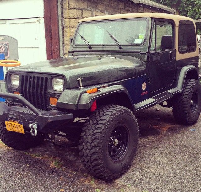 1000 ideas about jeep wrangler yj on pinterest jeep wranglers jeep wrangler tj and jeep cherokee. Black Bedroom Furniture Sets. Home Design Ideas