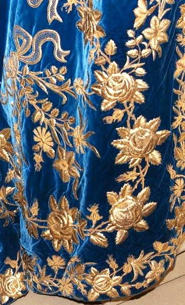 Russian court dress belonged to Empress Alexandra Feodorovna, the wife of Nicholas II. Embroidered detail of the skirt. State Hermitage Museum, St Petersburg, Russia. #Romanov