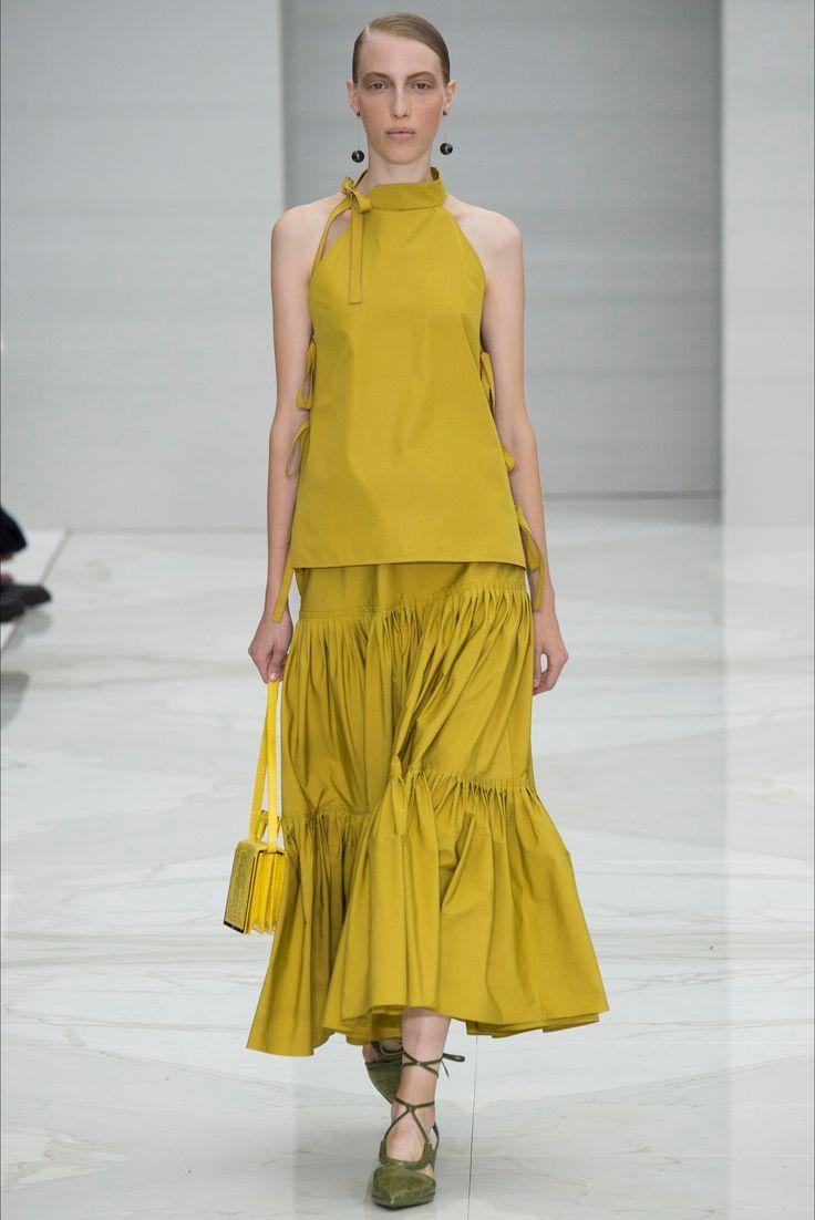 Sfilata Salvatore Ferragamo Milano - Collezioni Primavera Estate 2016 - Vogue