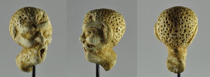 Egyptian statuary, Egyptian Greek grotesque head, 1st century B.C. Alexandria, Egyptian statuary, Egyptian Greek, 6 cm high. Private collection