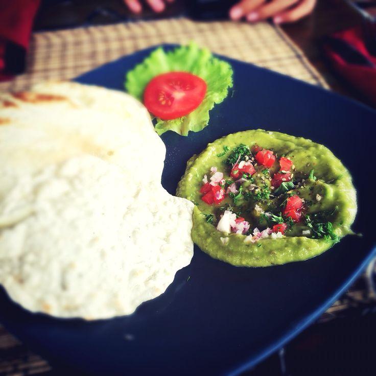 Guacamole at Sari Organic