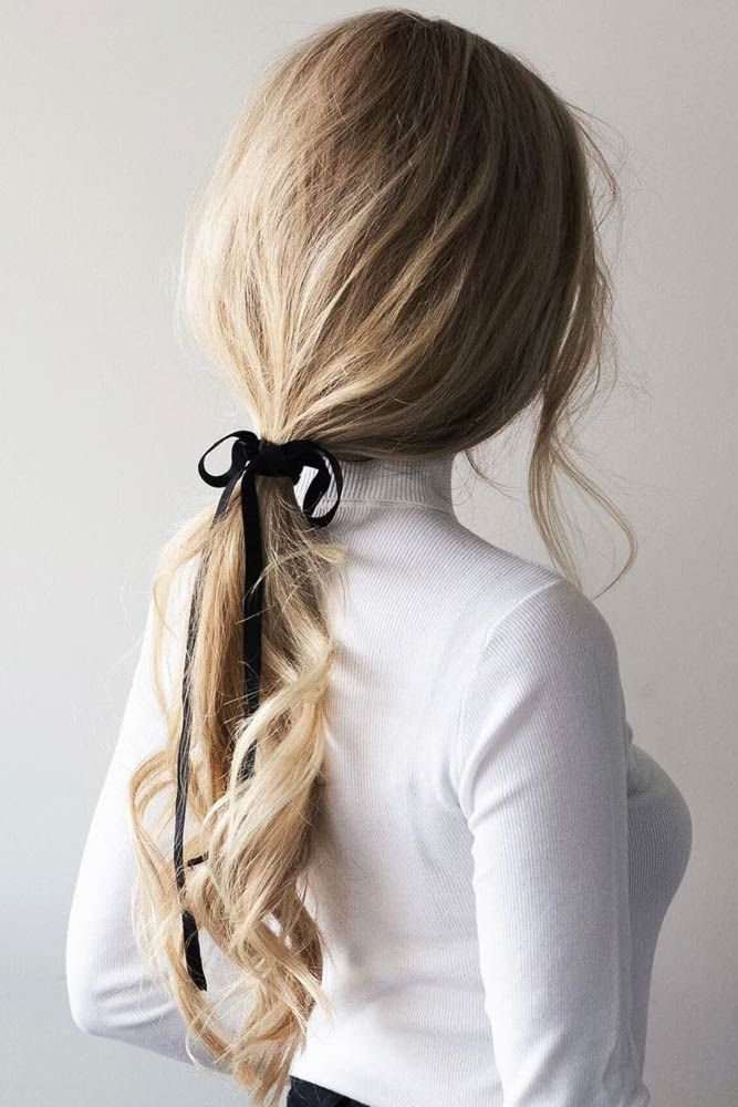 30 Unique Low Ponytail Ideas For Simple But Attractive Looks Do you know how many different ways to wear a low ponytail there are? If you still think ...