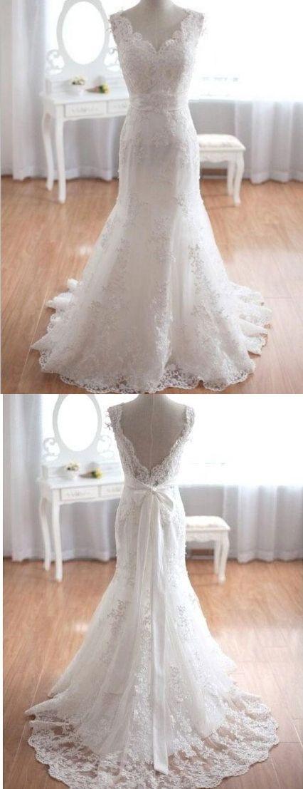 Elegant V-neck Appliques Mermaid Lace Wedding Dress with Sash