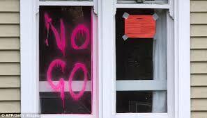writing 'no go'