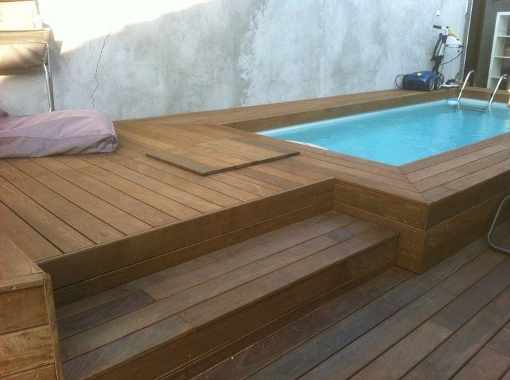 Oltre 25 fantastiche idee su piscine piccole su pinterest - Habillage tour de piscine ...
