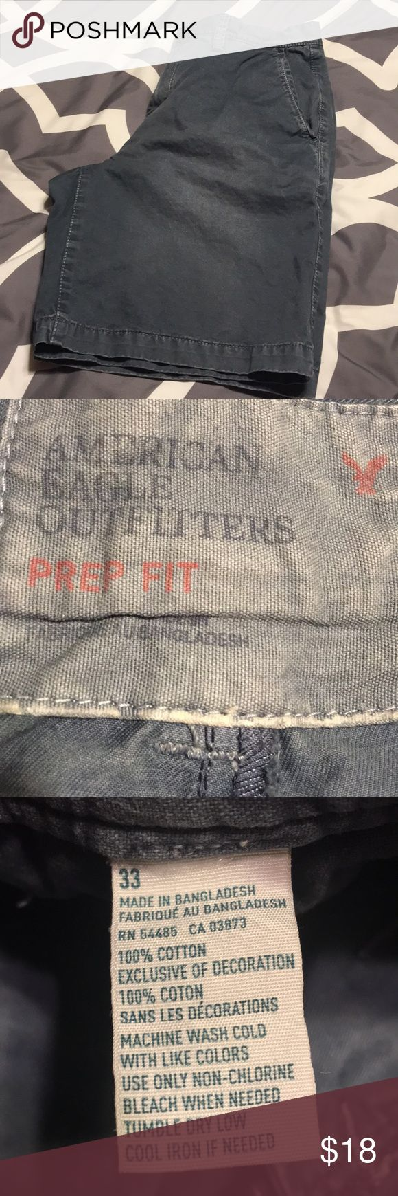 American Eagle Men's prep fit shorts 33 Pre owned in great distressed condition. Size 33. See pics for details. American Eagle Outfitters Shorts