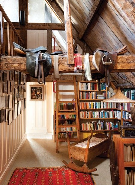 rustic country reading roomExpo Beams, Libraries Shelves, Attic Spaces, Cottages House, Attic Libraries, Book, Rustic Cottages, Reading Rooms, Westerns Saddles