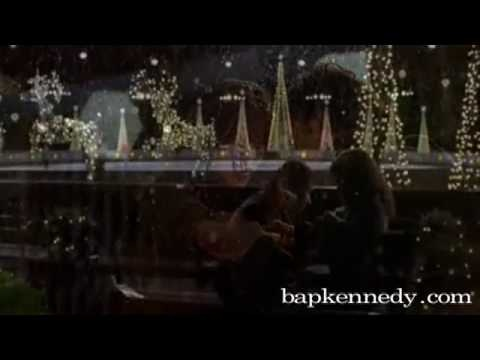 one of my favorite songs with one of my favorite movies  Bap Kennedy - Moonlight Kiss in Serendipity