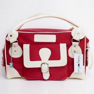 I dont just want this camera bag, I need it!  Classic Camera Bag Red now featured on Fab.