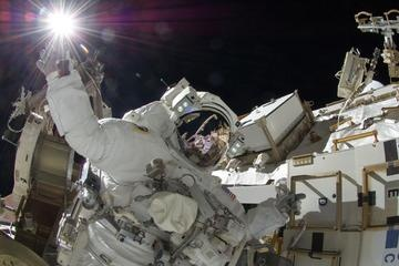 Astronaut 'Touches' the Sun in Spacewalk Photo