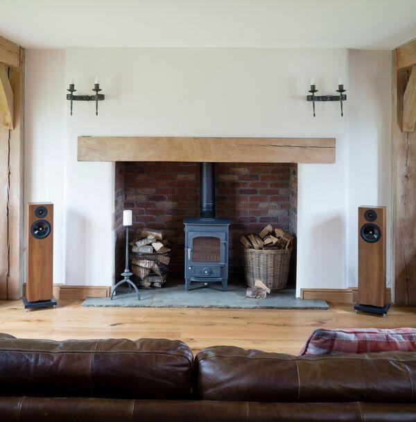 Border Oak Inglenook Fireplace