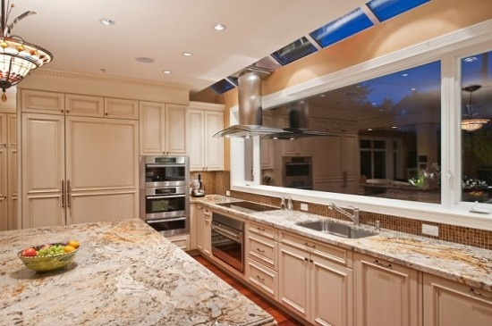 Attractive Wide and Semi Open Kitchen Design - Kitchen decoration is always interesting to explore. Kitchen is not only a place for the meal is made or saved. But kitchen is also a place for hanging out inside the house. A kitchen design will be very