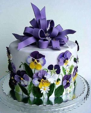 Pansy Cake by Kharis