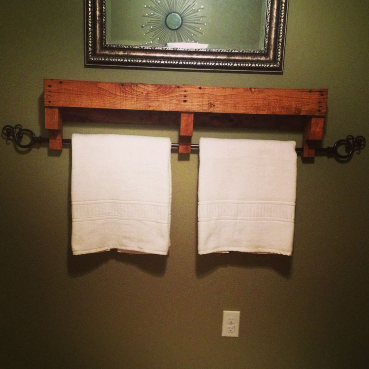 Towel Rack Made From Old Pallets To Make Pinterest