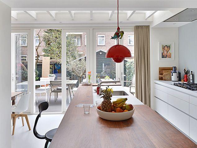 FlowerPot VP1 Hanglamp - Verbouwing woonhuis Amsterdam door BNLA architecten. Fotografie Studio de Nooyer.