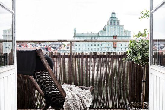 Atlasmuren kungsholmen  Stockholm balcony view green nature brown beige takåsar roof tops heaven fantastic frank