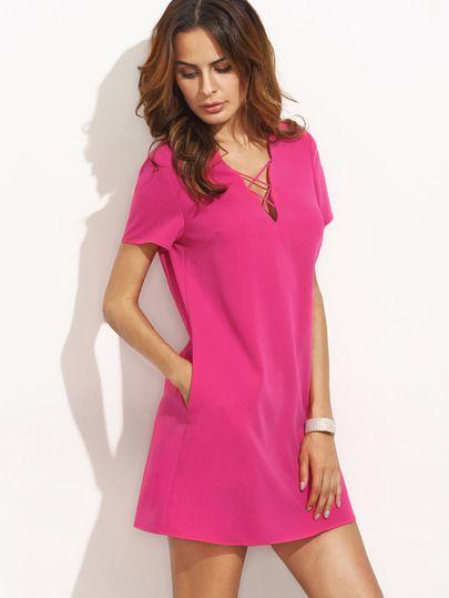 Ярко-розовое платье со шнуровкой