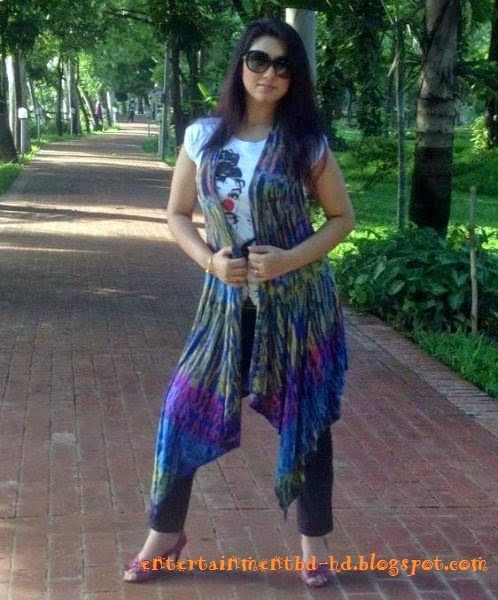 Hot Bangladeshi Celebrity Latest Picture and Photos