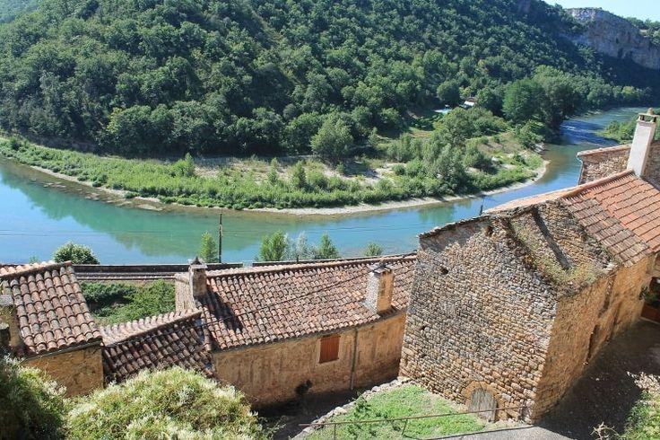 Peyre près du viaduc de Millau : Les villages de France les plus romantiques - Linternaute