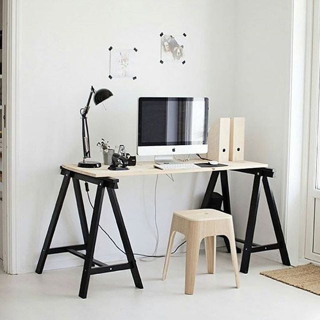• THE GUIDE HOME •  A desk space to envy by Hegeaanensen.
