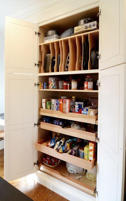 les 25 meilleures id es de la cat gorie armoire garde manger sur pinterest placard de cuisine. Black Bedroom Furniture Sets. Home Design Ideas