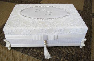 Tudo em Caixas - Caixas em MDF e Tecido (67)3211-7767: Caixas Casamento - Toalete Feminina(0028CAS) - Mariana e Bruno