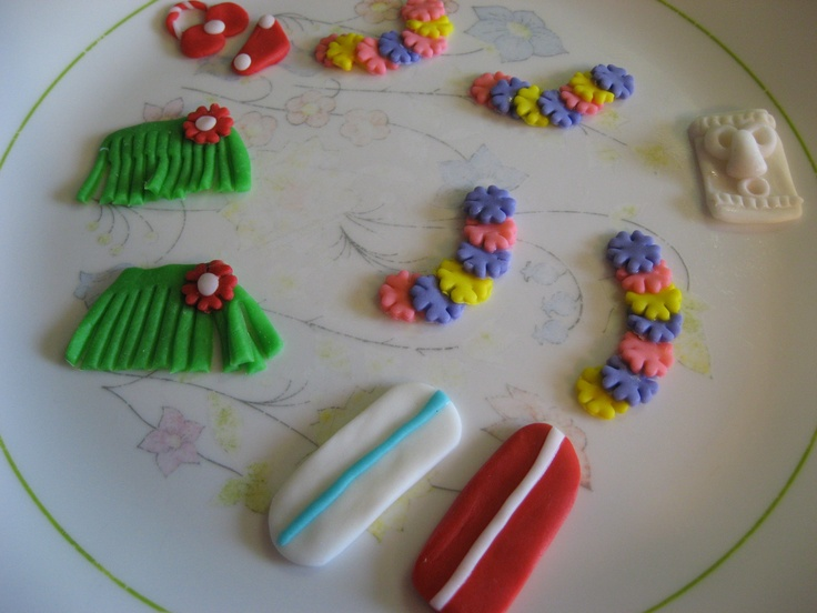 My Cake Decorating Gr Facebook : Luau theme fondant decorations that I made...grass skirt ...