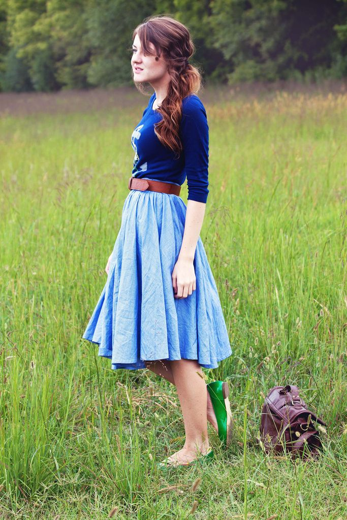 Sister missionary style. Blue outfit, and green shoes. Be bold, play with colors :)