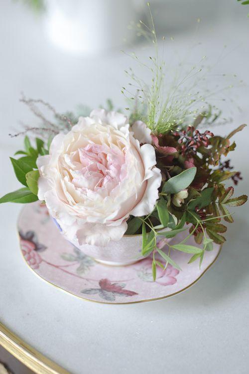 Keira David Austin roses arrangement in china cup